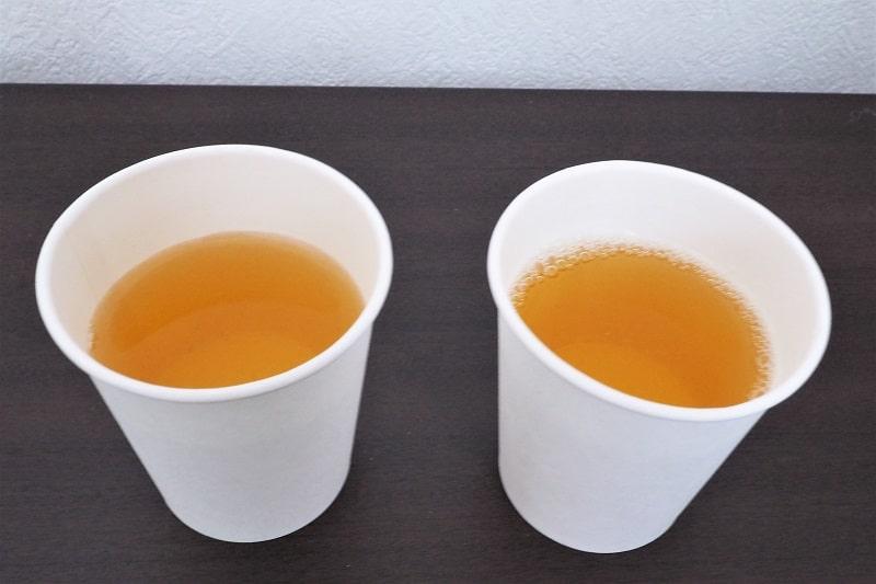 コップにいれたおーいお茶とお~いお茶濃い茶